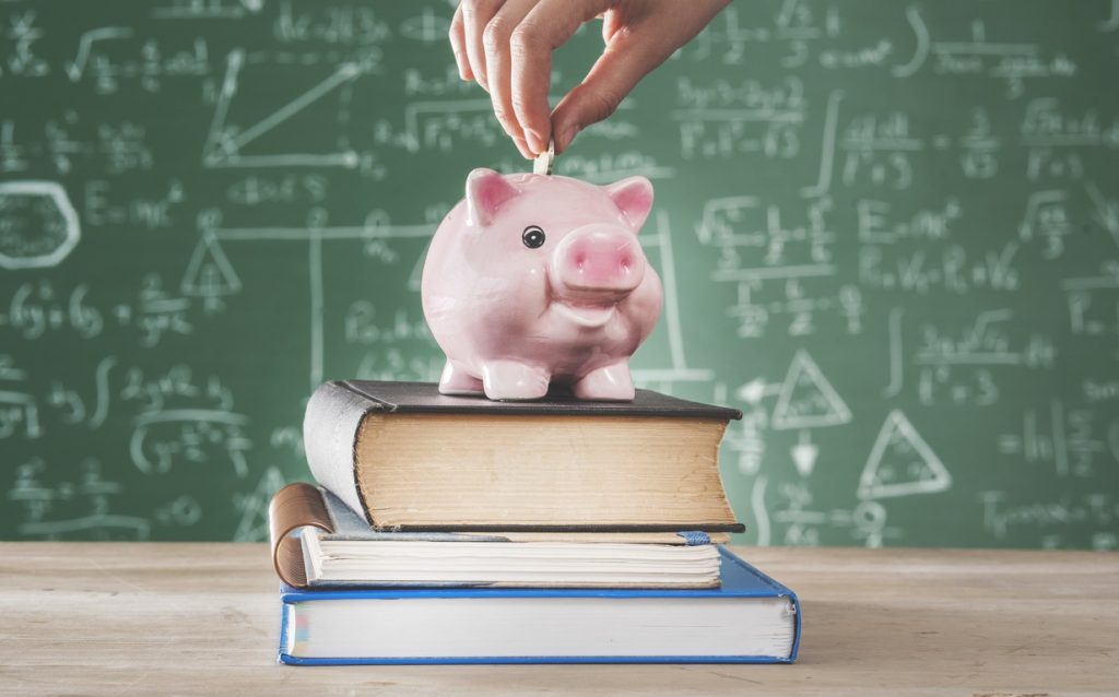 Here's Why Financial Literacy Should Be Taught in Schools