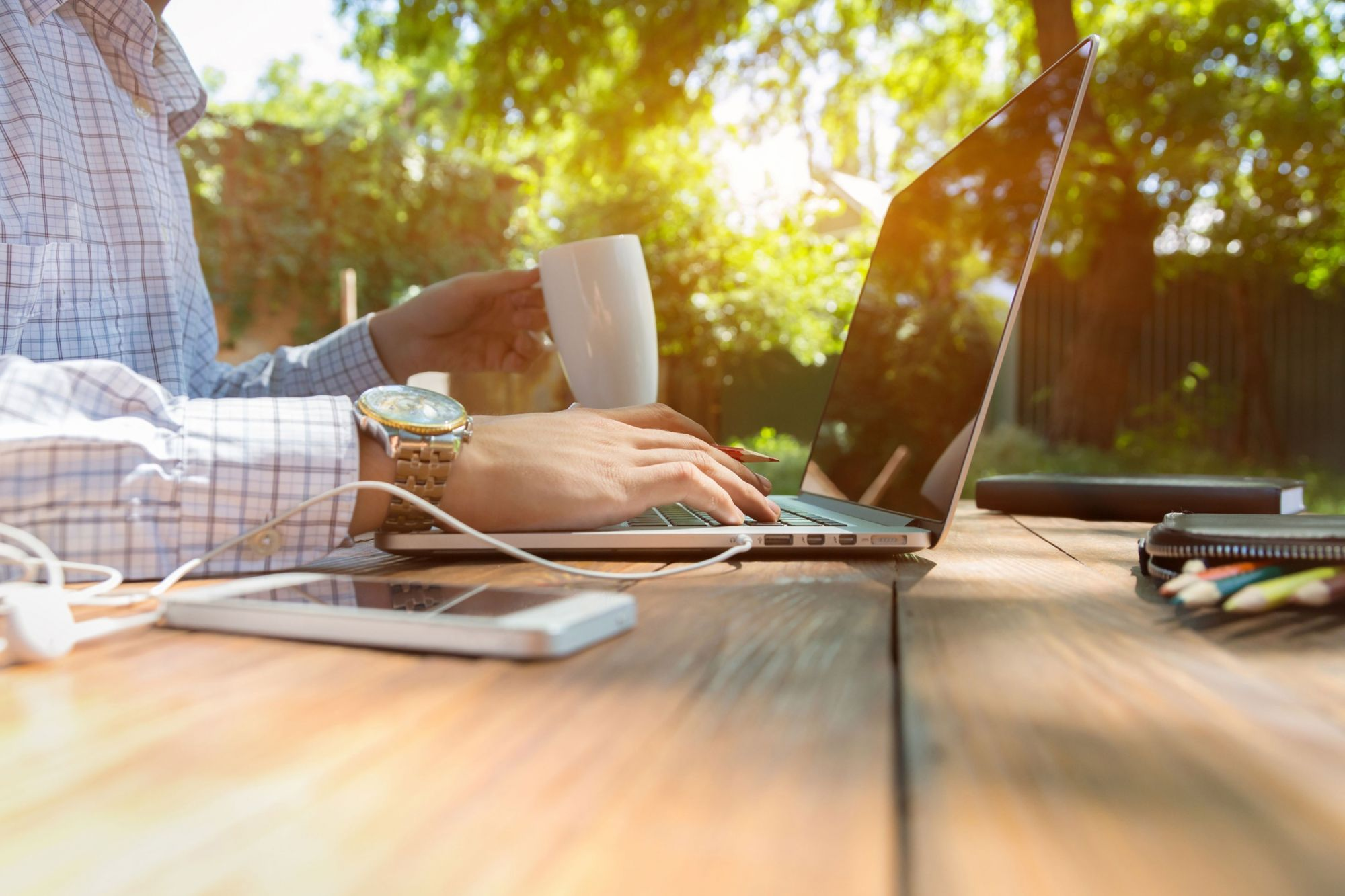 How to Create a Lucrative Marketing Business Right from Your Laptop