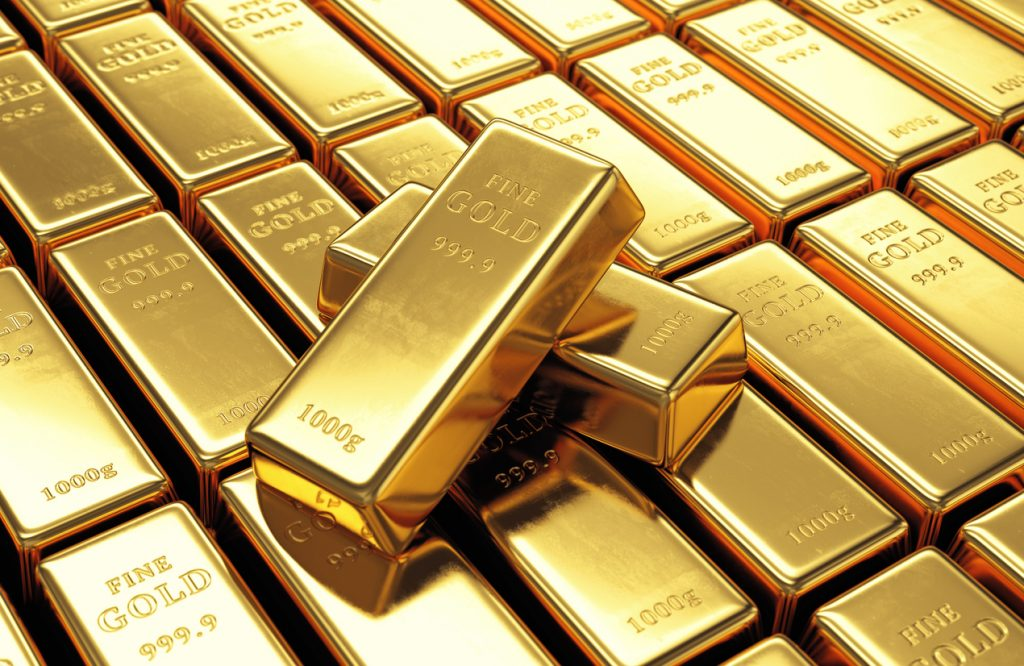 Gold Reaches $2,000 per Ounce for the First Time