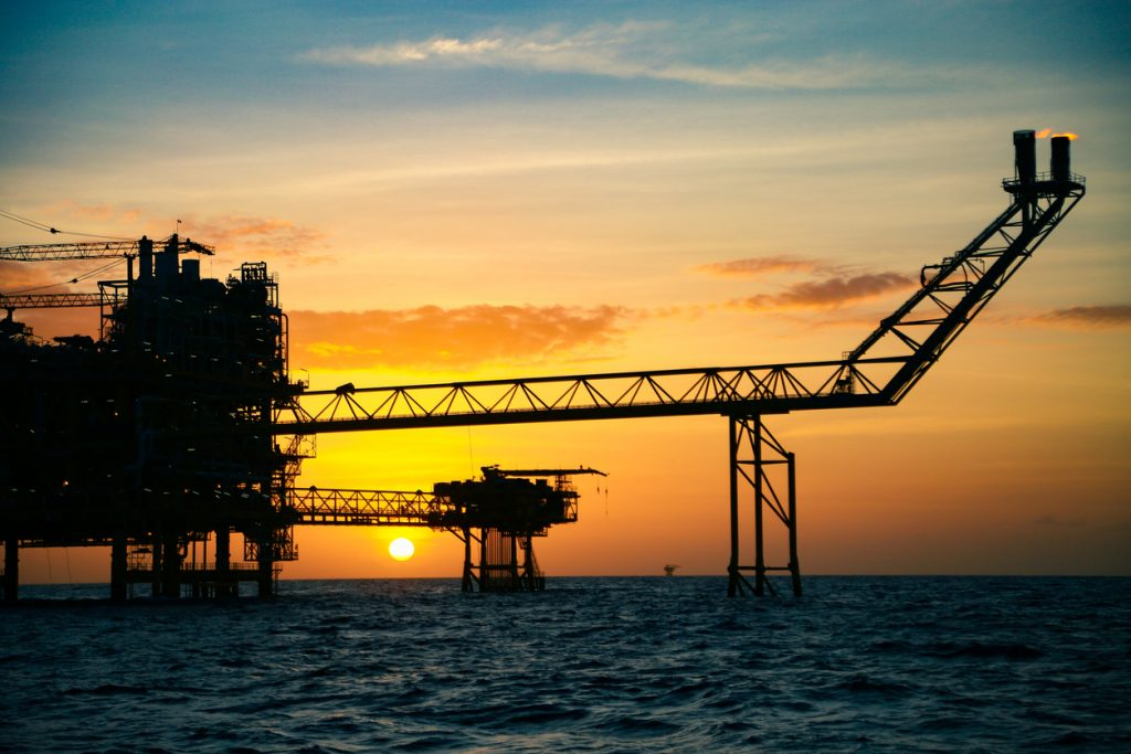 Oil Prices Plunge on Fears of Slowing Demand