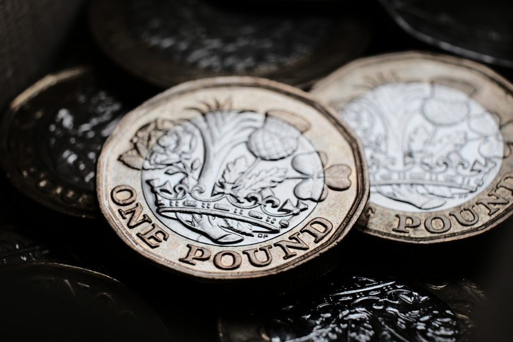 Pound Falls to Two-Month Low on Lockdown Anxiety